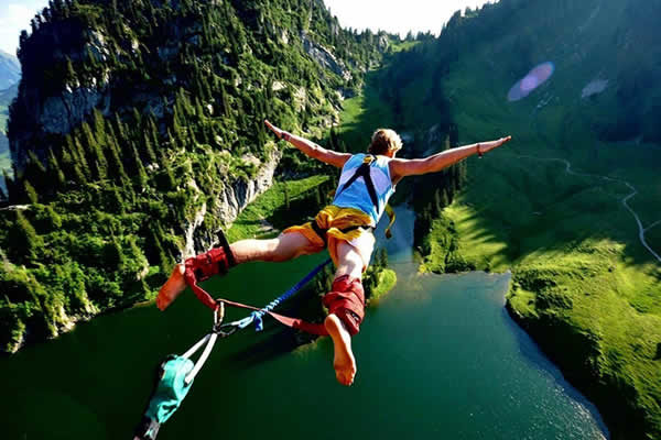 Aventureros Colombia Bungee Jumping